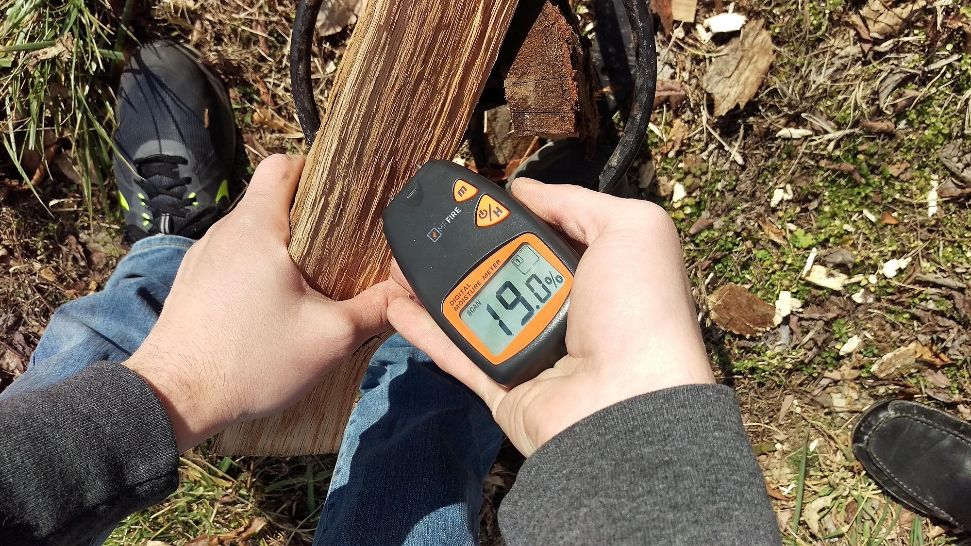 Moisture Meter Seasoned Firewood Wood burning stove